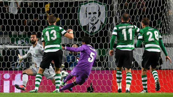Varane marcó el primer gol del Madrid en Lisboa