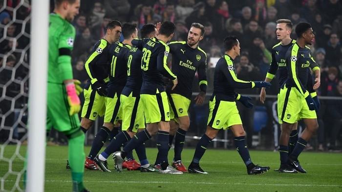 El Arsenal ganó con goles de Lucas Pérez