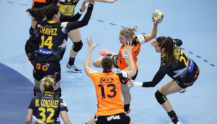 Holanda ganó a España y se quedó con la primera plaza