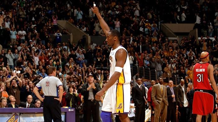 Bryant hacía historia anotando 81 puntos ante Toronto Raptors