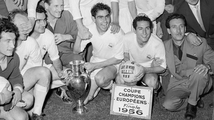 Tal día como hoy… Se oficializa la creación de la Copa de Campeones de Europa