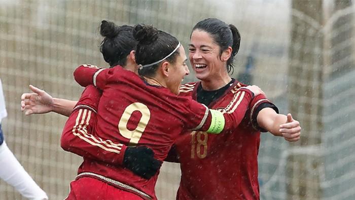 España pasa por encima de Suiza