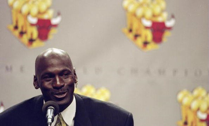 Michael Jordan anunciaba su segunda retirada
