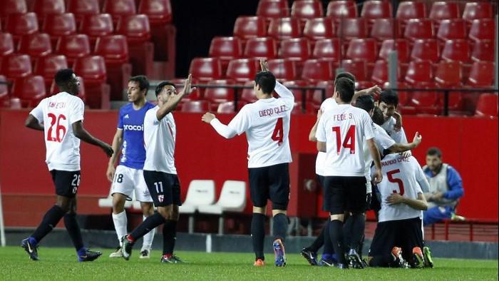El Sevilla Atlético goleó al Oviedo en el regreso de la Segunda División