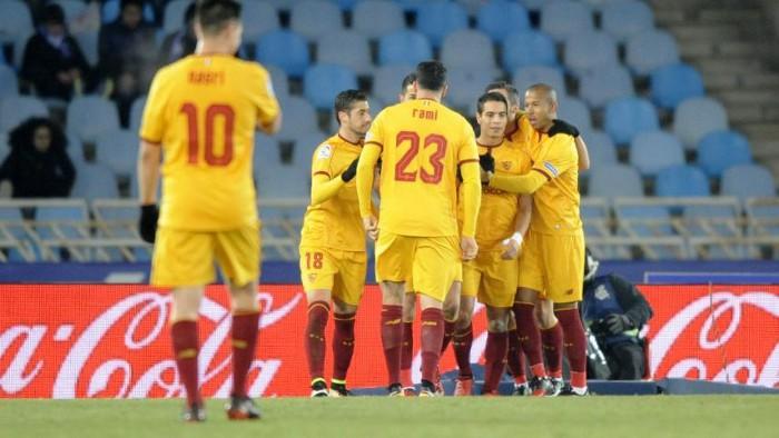 El Sevilla goleó en Anoeta y se pone segundo