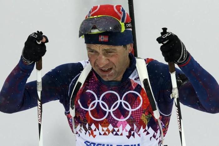 Ole Einar Bjoerndalen haciendo historia en Sochi