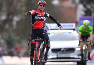 Omloop Het Nieuwsblad 2017: Van Avermaet consigue su primera victoria en la primera clásica