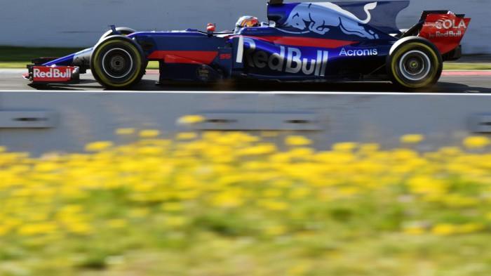 Carlos Sainz espera seguir luchando por los puntos esta temporada
