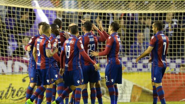 El Levante goleó al Valladolid y sigue acercándose al ascenso