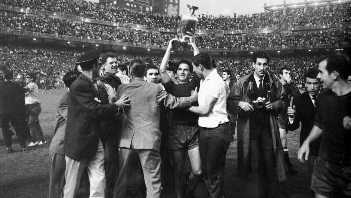 Eurocopa 64: la primera gran alegría
