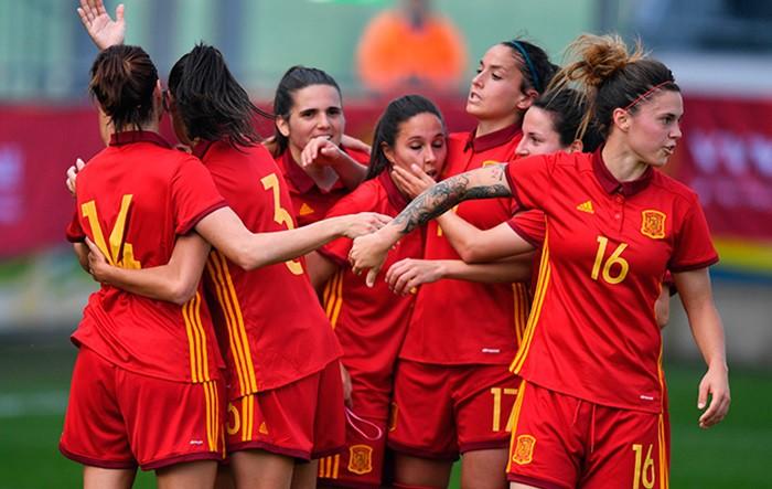 La Selección española de fútbol goleó a Bélgica a domicilio