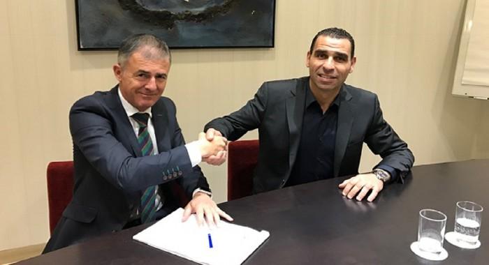 Lucas Alcaraz firma como seleccionador de Argelia