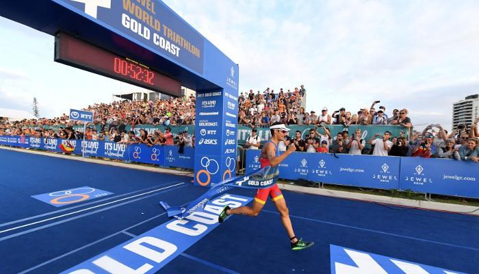 Mario Mola consiguió la victoria en Gold Coast