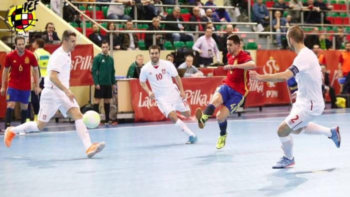 España vence 6-0 a Serbia en la preeuropeo