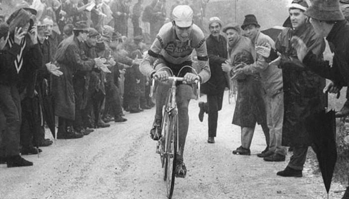 Gimondi ha subido en nueve ocasiones al podio del Giro