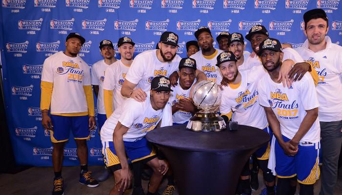 Los Warriors, campeones de la Conferencia Oeste por tercer año seguido