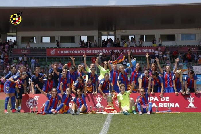 El FC Barcelona se alza con la Copa de la Reina