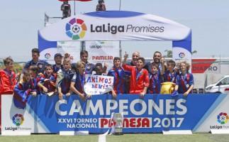 El Barcelona gana la edición de 2017 del torneo alevín La Liga Promises
