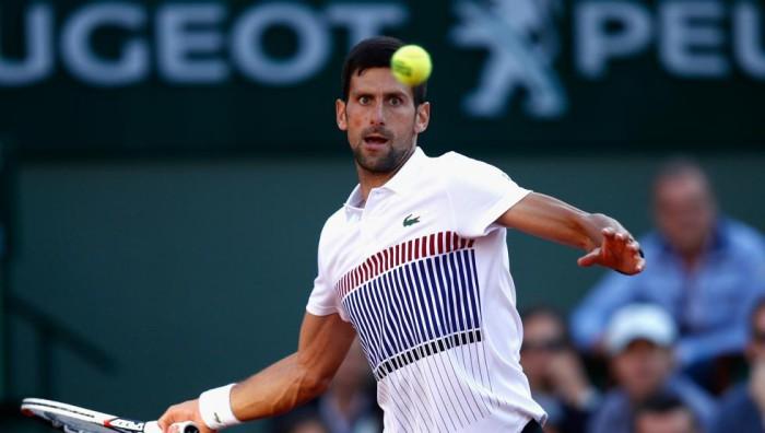 Djokovic a cuartos de final en Roland Garros