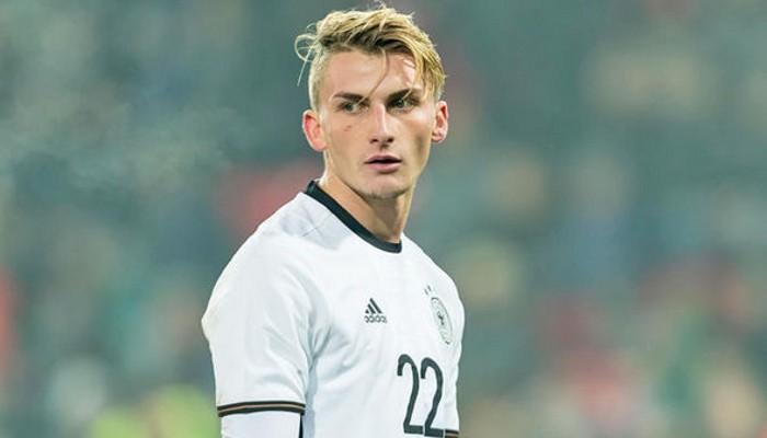 Philip es un joven alemán recién fichado por el Borussia