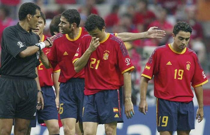 Los jugadores españoles acabaron desesperados por el arbitraje