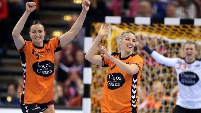 Europeo balonmano femenino: Holanda – Dinamarca y Noruega – Francia en semifinales