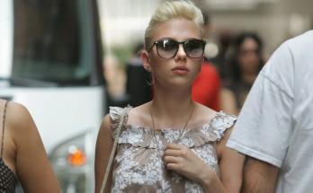 Scarlett Johansson paseando por las Ramblas