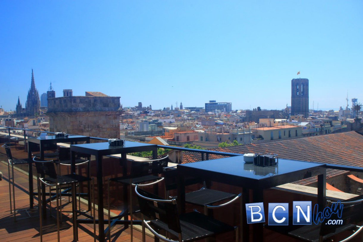 La Isabela, la terraza del hotel H1898 en plena Rambla