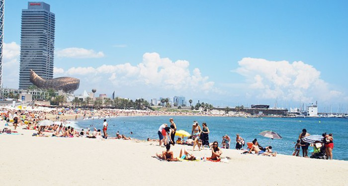 playas-barcelona-verano1