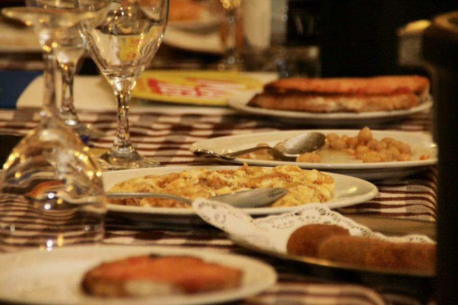 Los cinco platos que no deben faltar en una visita a Barcelona