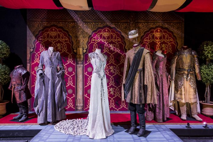 vestuario-boda-purpura-juego-tronos