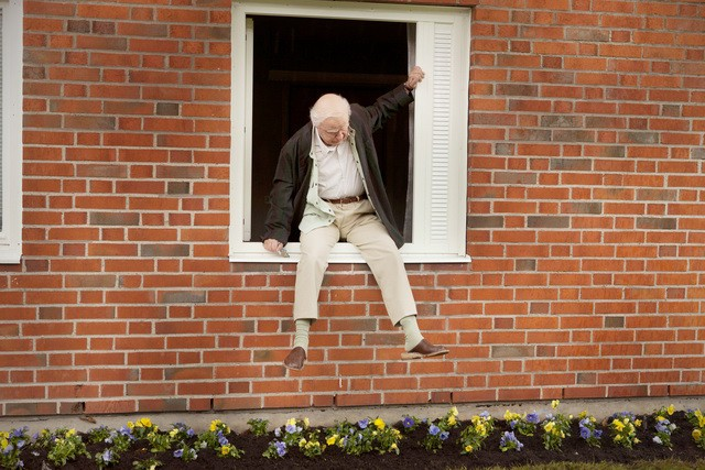 El abuelo que saltó por la ventana... y nos hizo reír y reflexionar