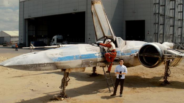 Star_Wars-_Episode_VII_4