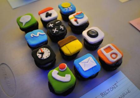 iphone-cupcake.jpg