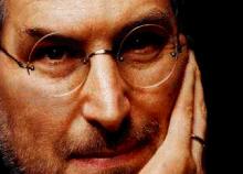 Steve Jobs se conecta cada vez menos a su Mac