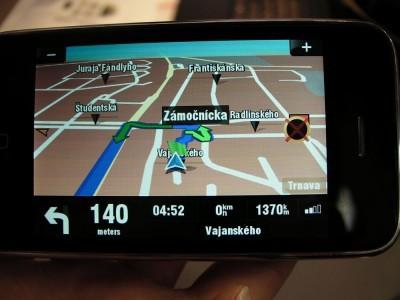 sygic-iphone-turn-by-turn-3-400×300.jpg