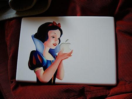 Personalizan un MacBook con Blancanieves