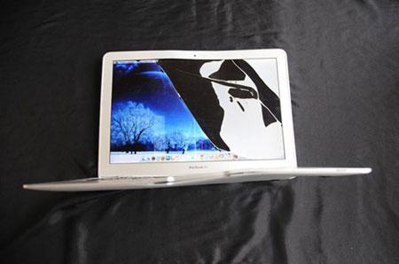 MacBook Air, accidente de avión