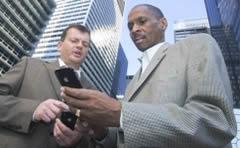 apple_proyectos_ejecutivos_bancos_ubs_cambio
