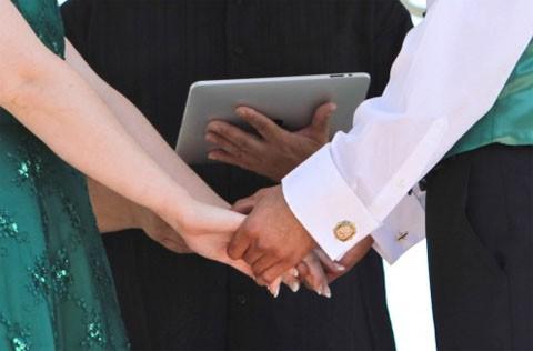 boda_matrimonio_ipad_recien_casadosa