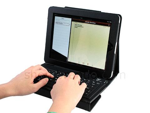 Funda de piel para iPad que lo convierte en un netbook