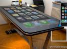 Dock para iPhone con pantalla de 58 pulgadas