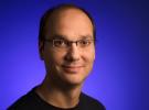 Apple ataca a HTC y mete a Andy Rubin