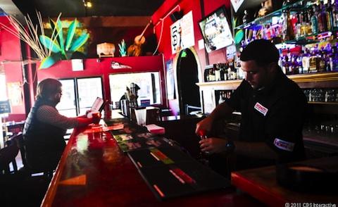 Borradas las imagenes de vigilancia del bar donde se perdió el prototipo de iPhone 5