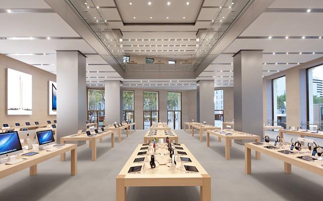 AppleStore_Barcelona_02