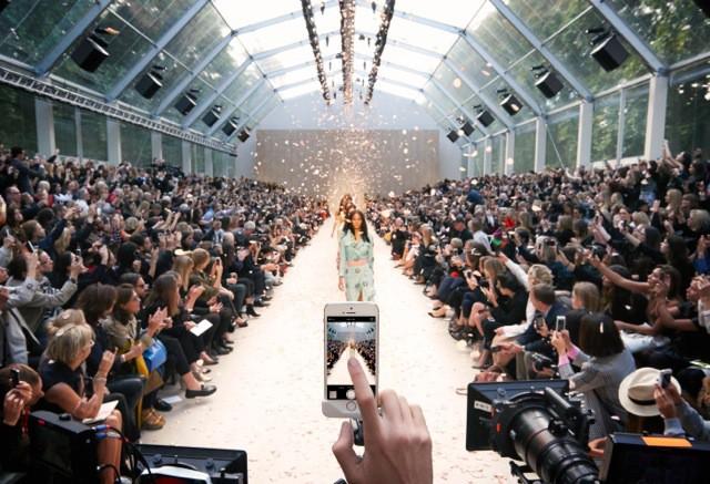 Burberry Prorsum Womenswear Spring_Summer 2014 Show Final_001