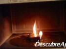 iPhone quemándose en un microondas