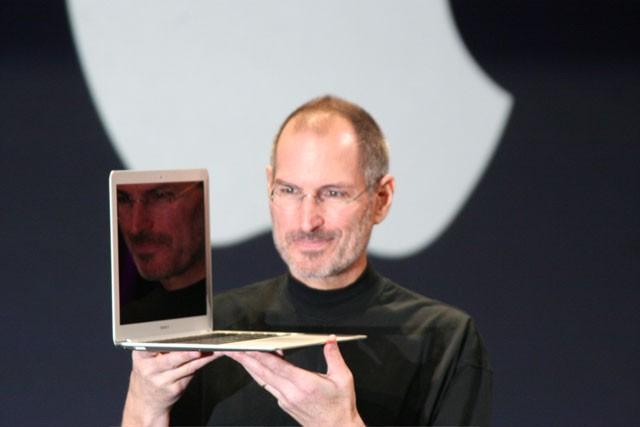 macbook-delgado-jobs