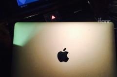 El Macbook Air de 12 pulgadas podría decir adiós al mítico logo iluminado en la tapa