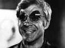 Phil Schiller se mofa de Google Glass
